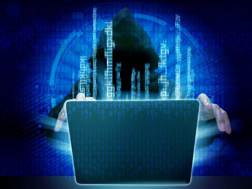 サイバー攻撃している人のイメージ画像